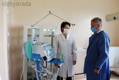 До міської лікарні надійшов новий апарат ШВЛ