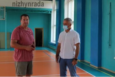 Міський голова Анатолій Лінник провів робочу нараду в КДЮСШ