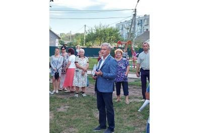 Міський голова зустрівся з мешканцями вулиці Космонавтів