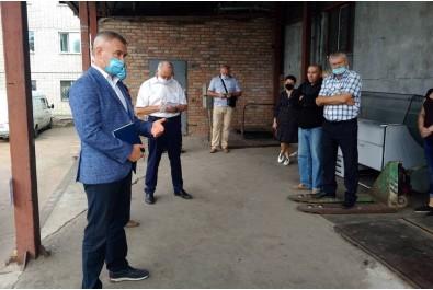 Міський голова провів робочу зустріч із колективом працівників КП «Комунальний ринок» і підприємцями
