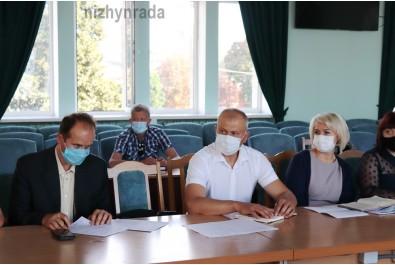 Керівники медичних закладів поінформували про стан епідеміологічної ситуації в місті. Ситуація з COVID-19 залишається складною.