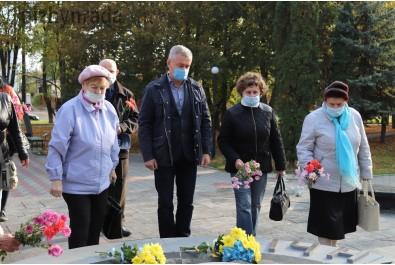 28 жовтня відбулося покладання квітів з нагоди 76 -тої річниці вигнання нацистів з України