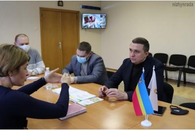 Олександр Кодола провів робочу зустріч із консультантом зі створення та розвитку ОСББ у Чернігівській області Проекту ЄС/ПРООН «HOUSES» Світланою Рожок