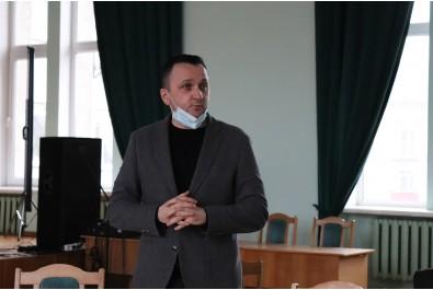 Міський голова Олександр Кодола привітав колег виконавчого комітету Ніжинської міської ради з новорічно-різдвяними святами