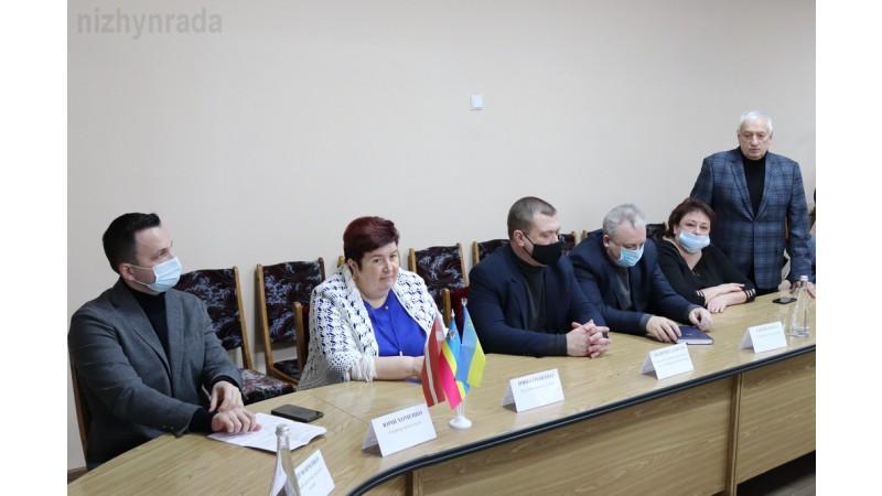 Міський голова та представники Ніжинської міської ради поспілкувались з делегацією Латвійської Республіки