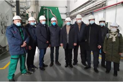 """Ніжинська делегація ознайомилася з роботою ТОВ """"Кліар Енерджі"""" у м. Корюківка"""