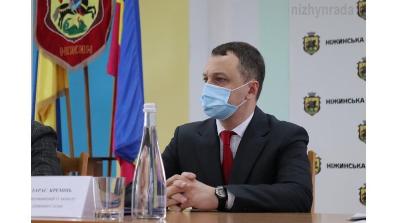 Ніжинська міська рада першою в Україні ухвалила рішення «Про затвердження Програму розвитку та функціонування української мови в закладах освіти у 2021 році «Сильна мова - успішна держава»
