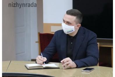 Міський голова Олександр Кодола провів робочу зустріч щодо врегулювання ситуації, що склалася з недобудованим будинком по вул. Чехова,31.