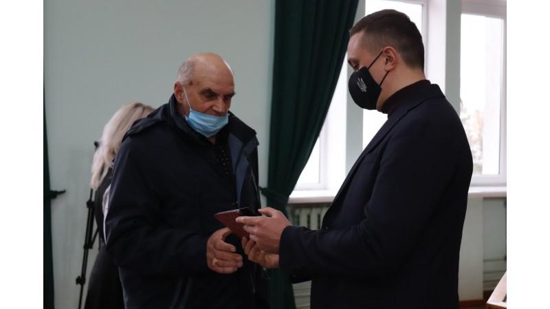 Олександр Кодола вручив відзнаки учасникам ліквідації наслідків на ЧАЕС за особисту мужність і відвагу