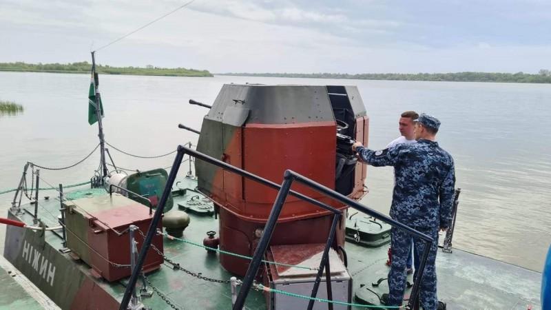 Олександр Кодола привітав екіпаж катера «Ніжин» з Пасхою