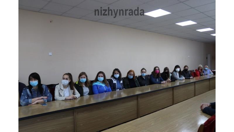 Міський голова Олександр Кодола провів зустріч з волонтерами міста