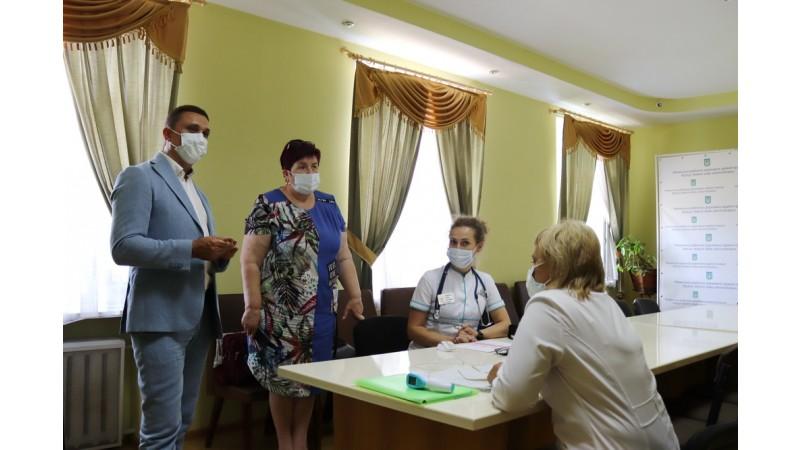 У Ніжині відкрився Центр Вакцинації. Не баріться - отримайте щеплення!