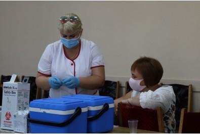 Триває вакцинальна кампанія
