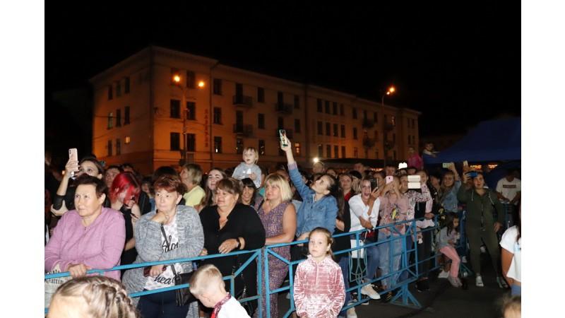 Ніжинці святкують 30-ту річницю Незалежності України!