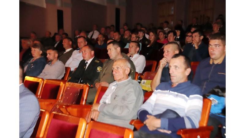 Міський голова Олександр Кодола привітав колектив ДП «Ніжинське лісове господарство»