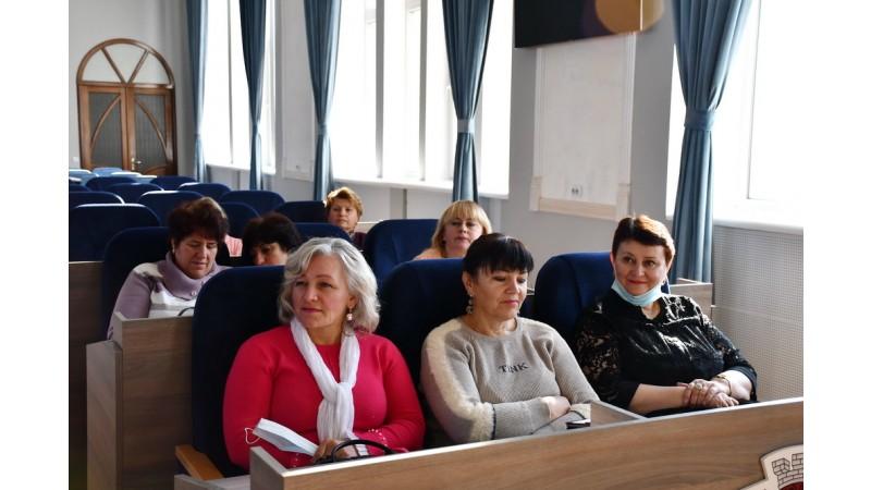 Бібліотекарів Ніжина привітали з професійним святом
