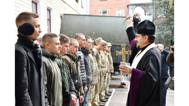 Міський голова Олександр Кодола взяв участь в урочистих проводах призовників на строкову військову службу до лав Збройних Сил України
