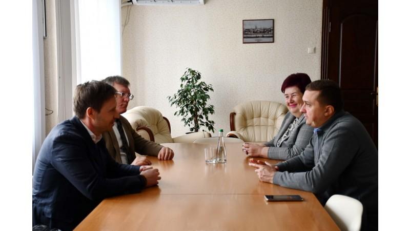 Міський голова зустрівся з експертами Фонду Розвитку Місцевої Демократії