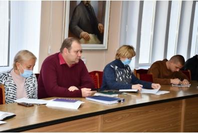 Депутати продовжують підготовку до чергового засідання 15 сесії